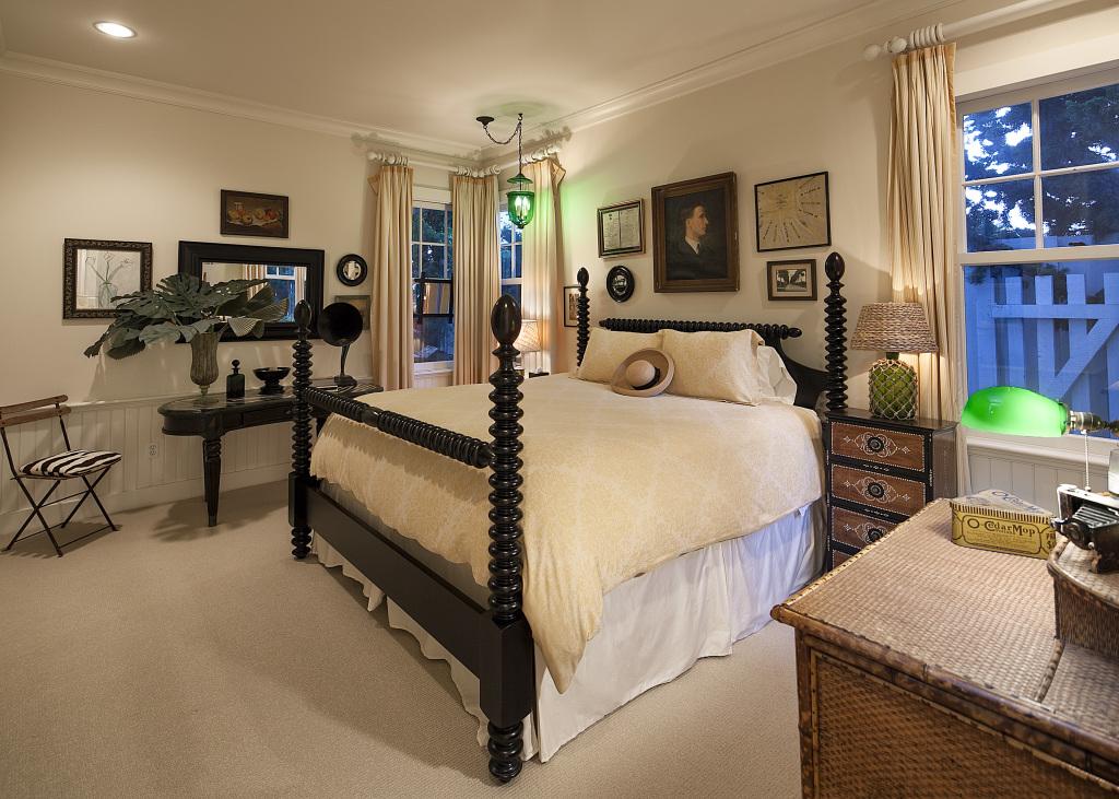 Update Dennis Miller Sells Glam Beach Mansion For 19m