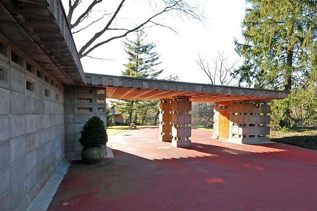 Frank Lloyd Wright Home In Cincinnati
