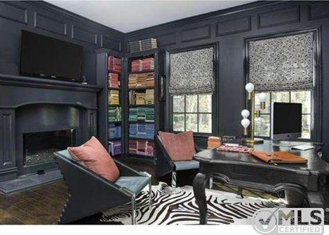 Tremendous Kourtney Kardashian Lists Boldly Decorated Home For 3 499 Home Interior And Landscaping Mentranervesignezvosmurscom