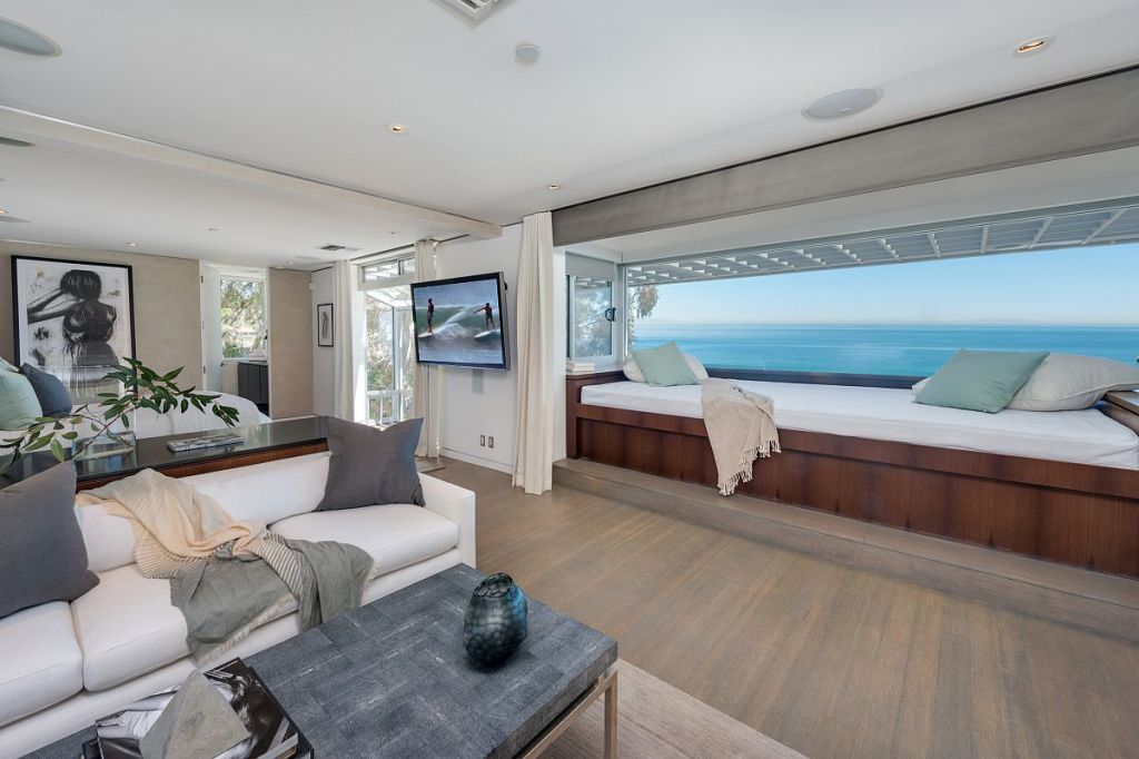 UPDATE: Matthew Perry Gets $10.65M For Malibu Beach House