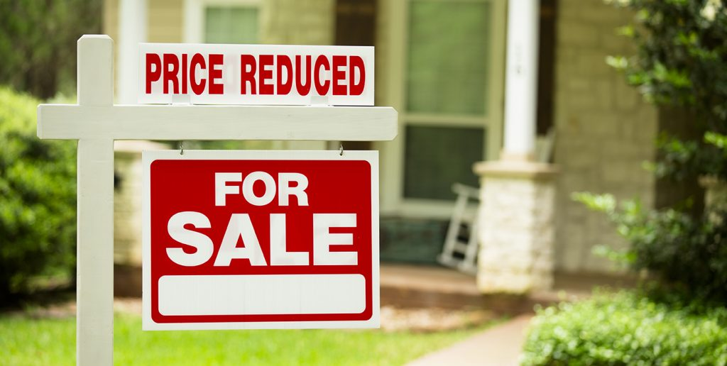 How Long to Wait Before House Price Reduction - When to Drop Home Price  Lower   Zillow