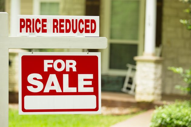 How Long to Wait Before House Price Reduction - When to Drop