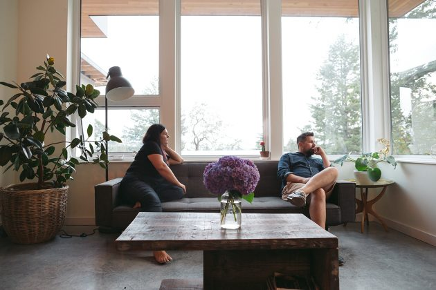 What Happens to a House in a Divorce | Zillow