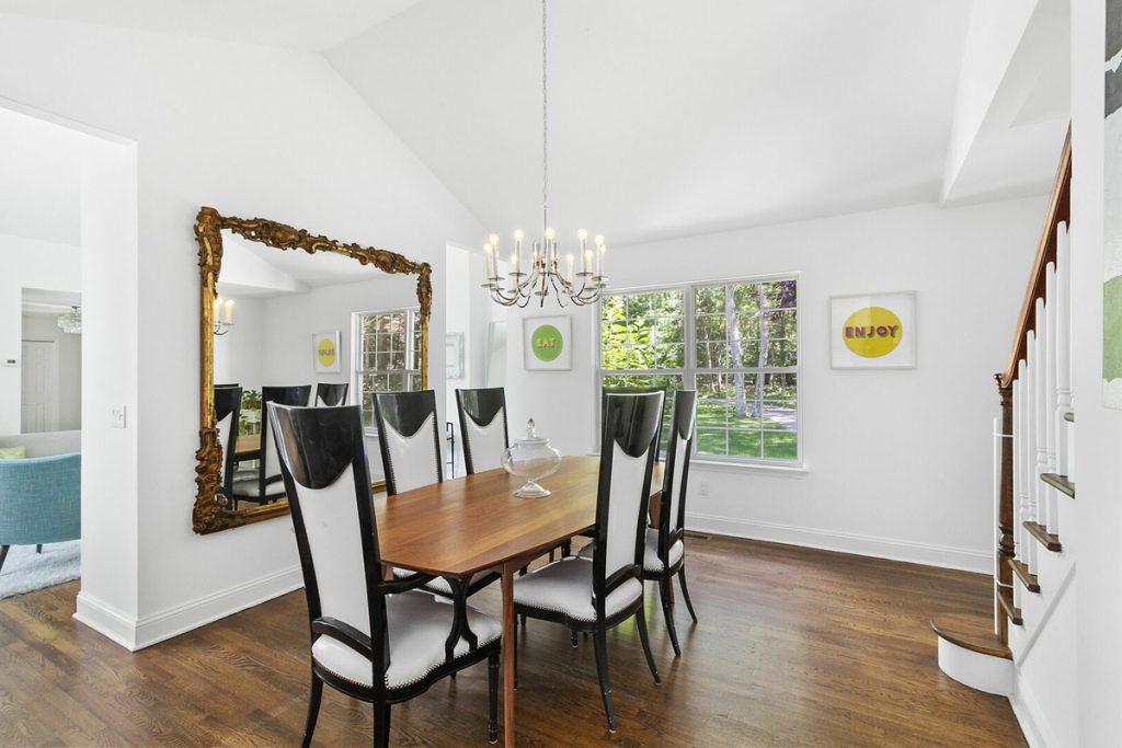 Image of 15 Stirrup Lane Dining Room