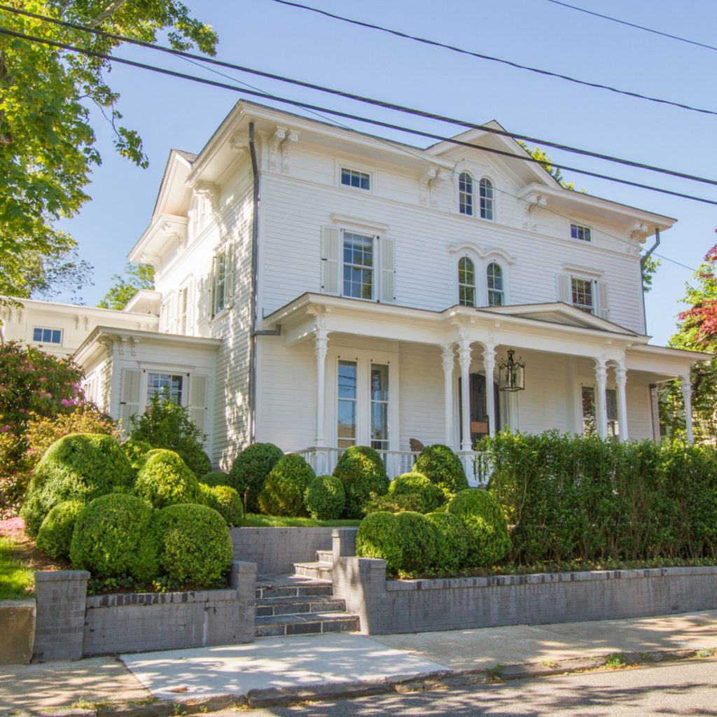 image of sag harbor house of chester arthur