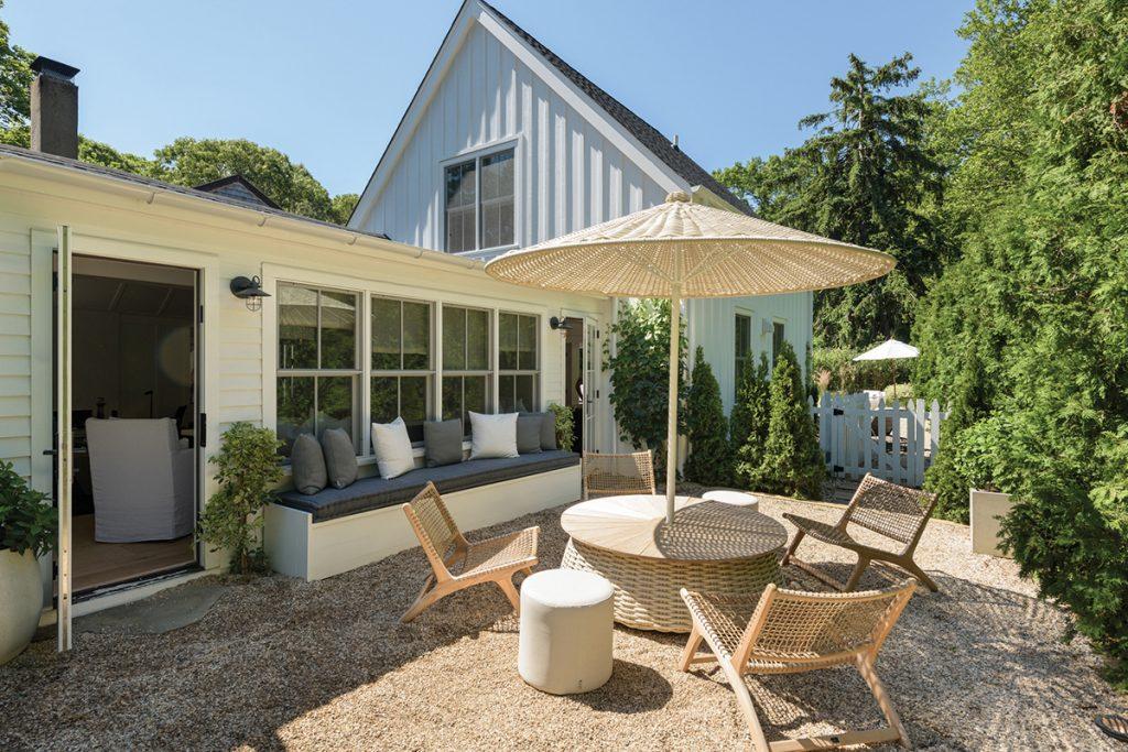 image of hamptons home backyard design