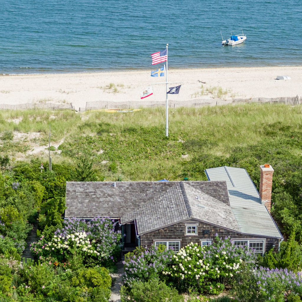 A photo of the bayfront at 204 Shore Rd, Amagansett