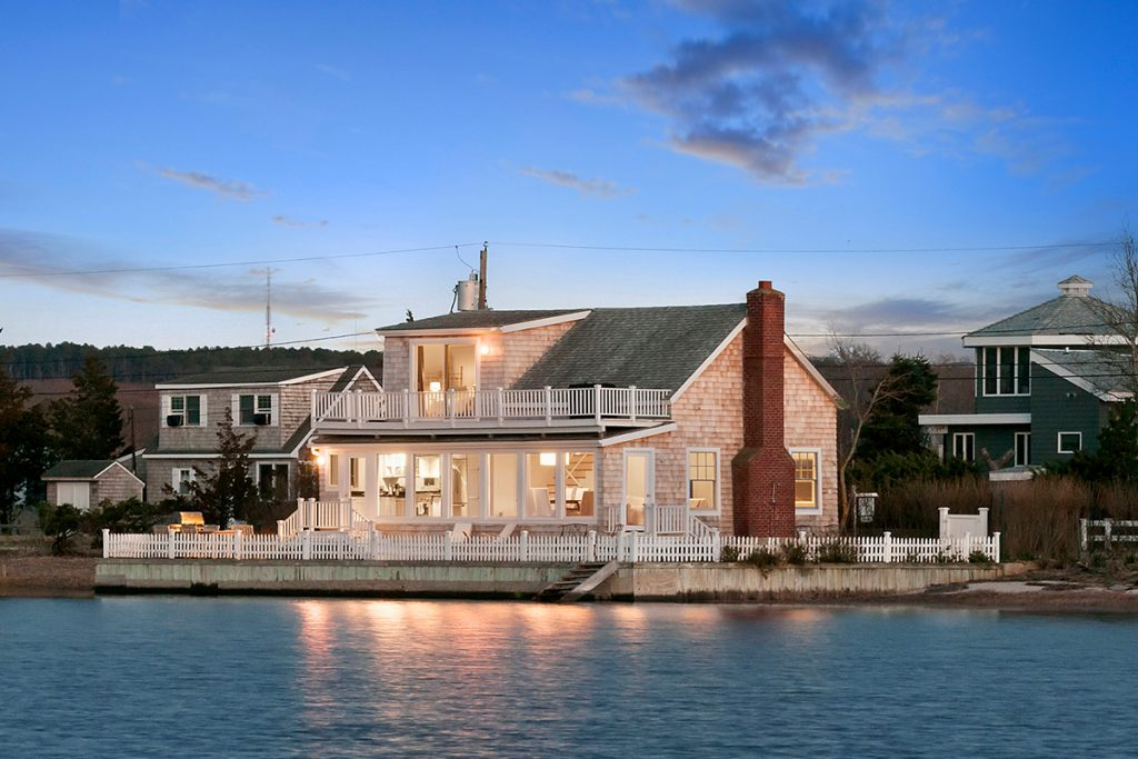 image of southampton waterfront home