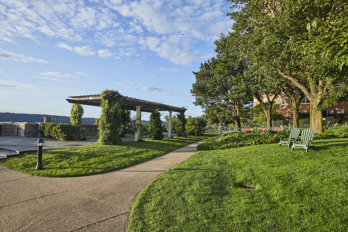 Hudson high green space
