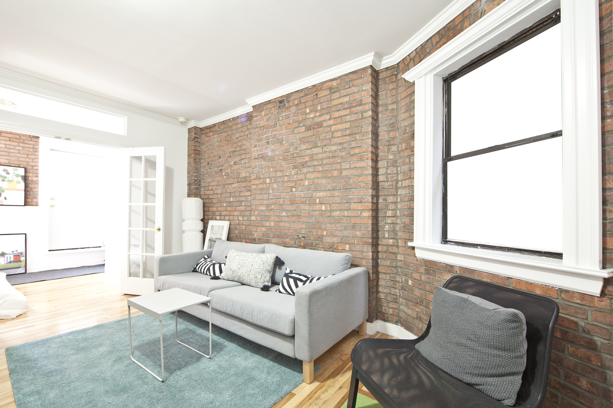 NYC apartments for November relocation