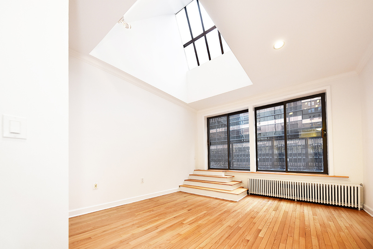 NYC accommodations for October relocation