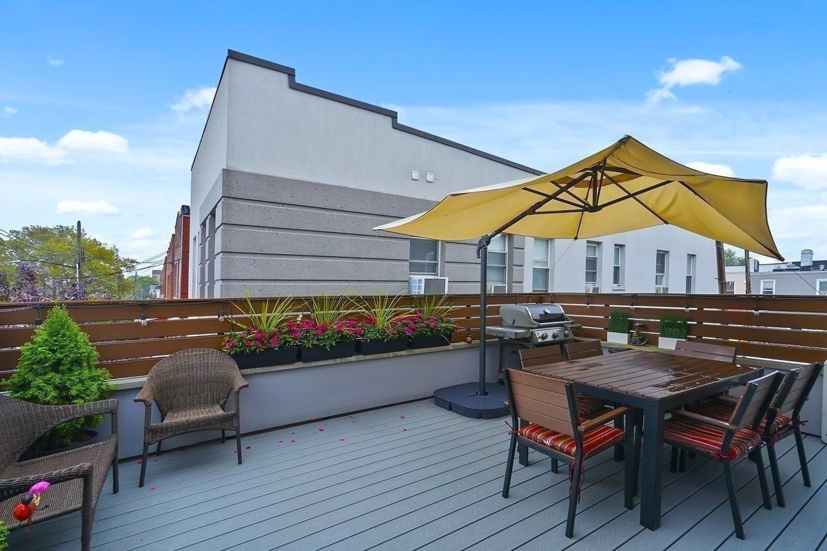 Cheap apartments in queens a private roof deck