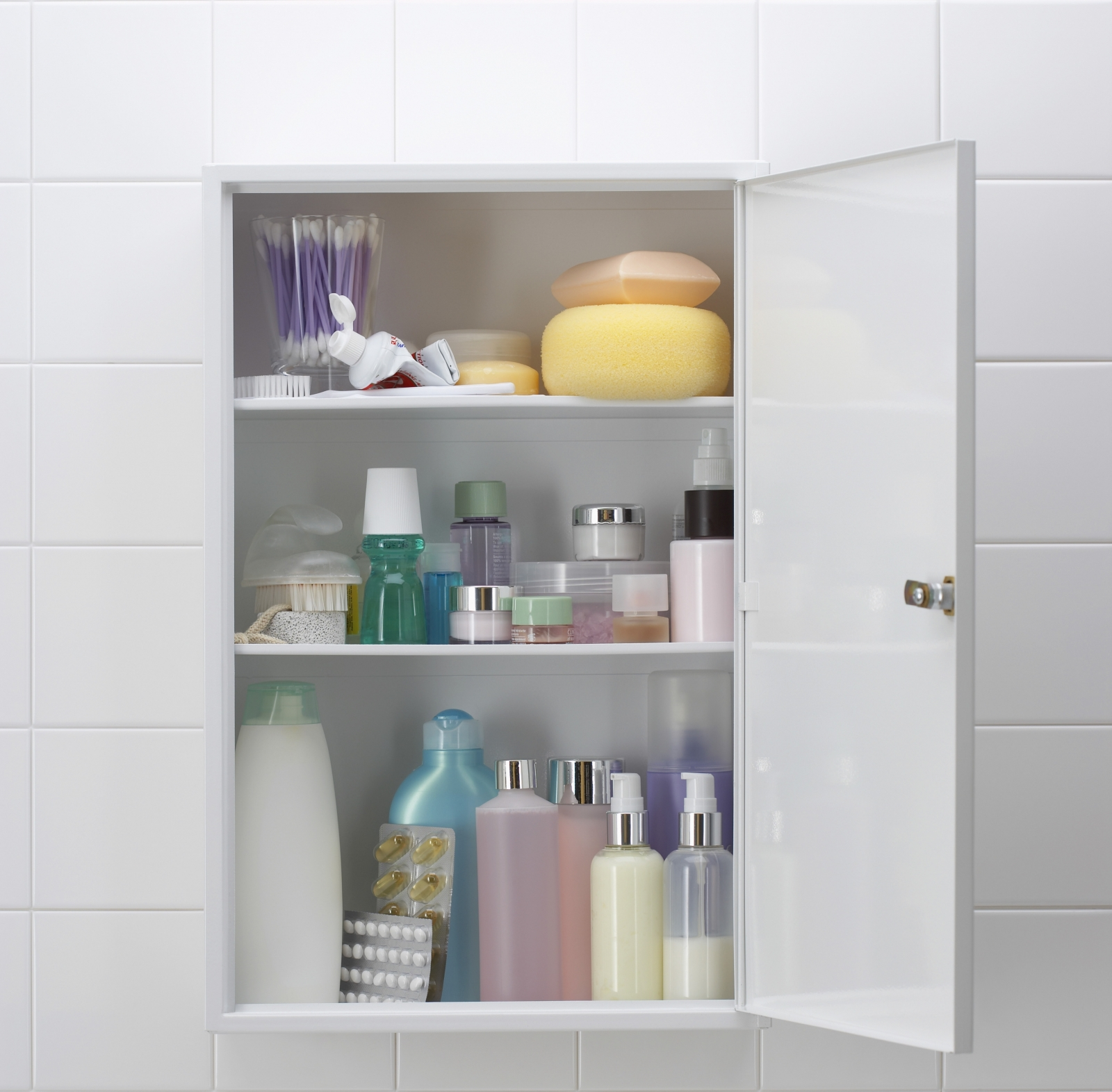 Bathrrom Storage Ideas How To Make The Most Of Your Space Streeteasy