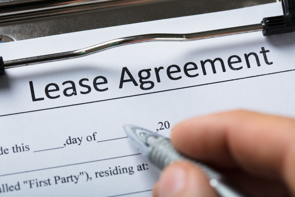 signing a lease on an NYC apartment