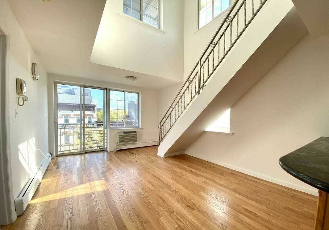 NYC apartments for $ 3300 - williamsburg
