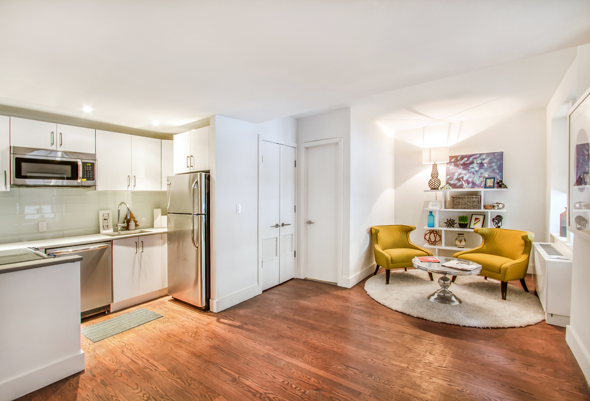 NYC apartments for $ 3400 - Chelsea