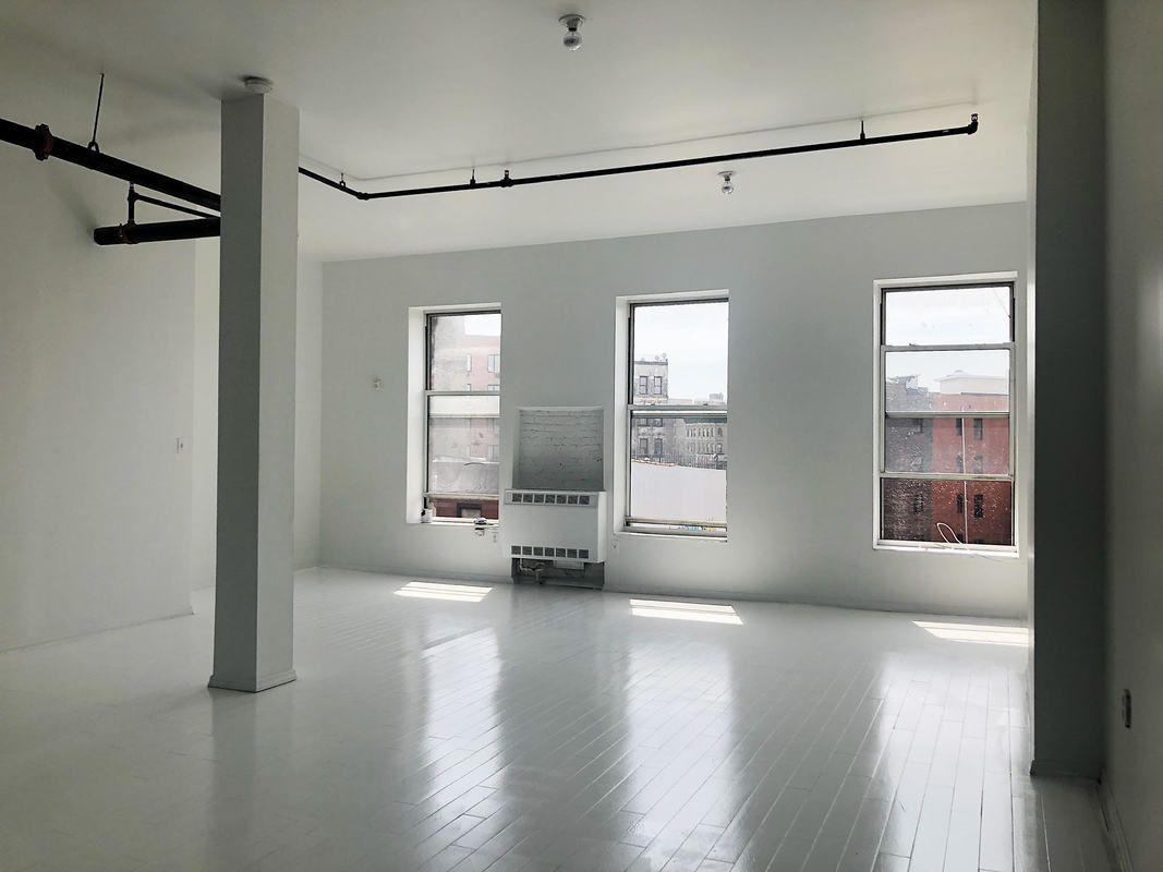 NYC attic - 889 Broadway Bushwick