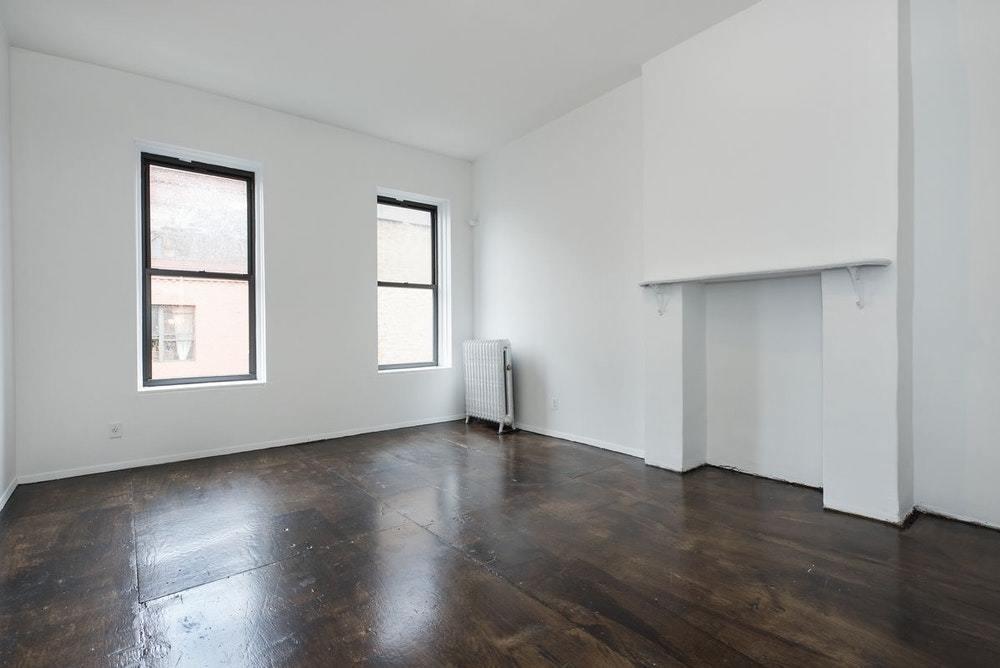 NYC Attic - Bushwick - 895 Broadway # 2