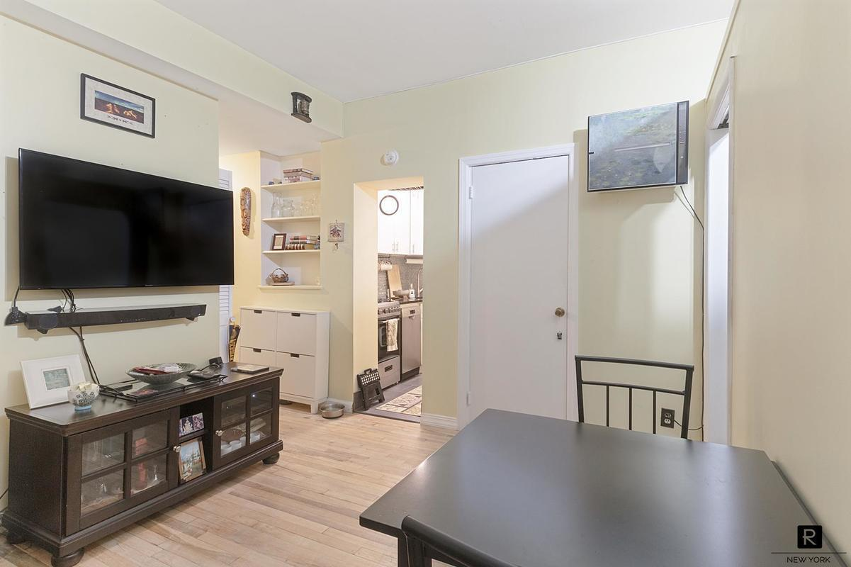Astounding Sweet Uws Studio Converted To A 1 Bedroom Asks 385K Home Remodeling Inspirations Genioncuboardxyz