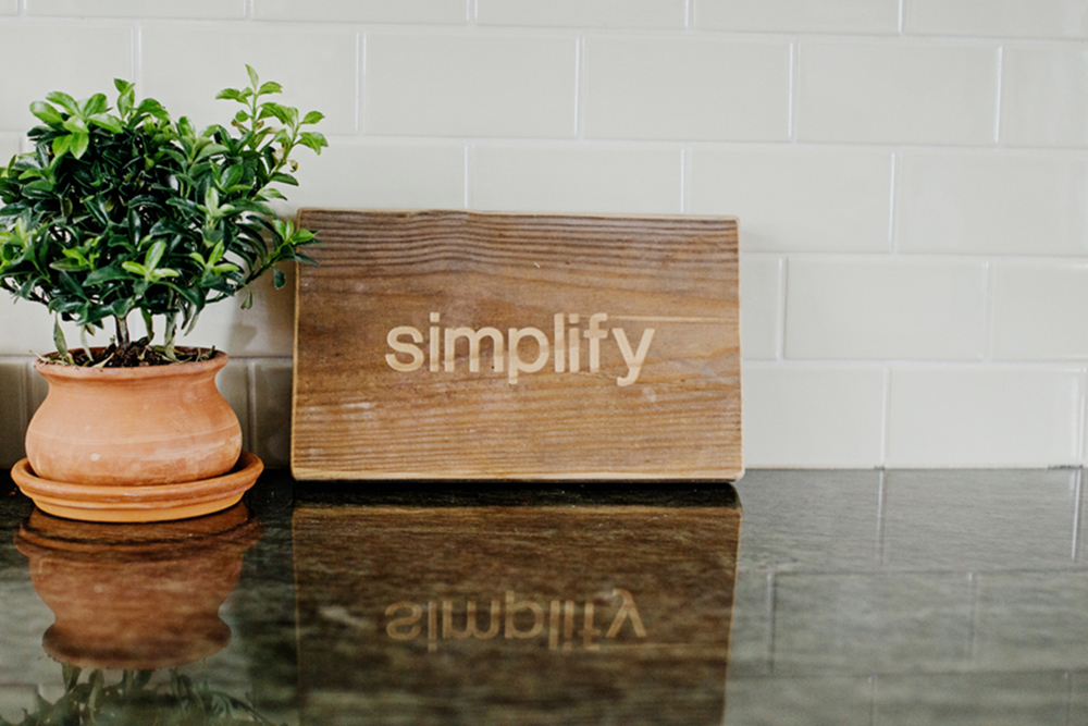 simplify sign on kitchen counter