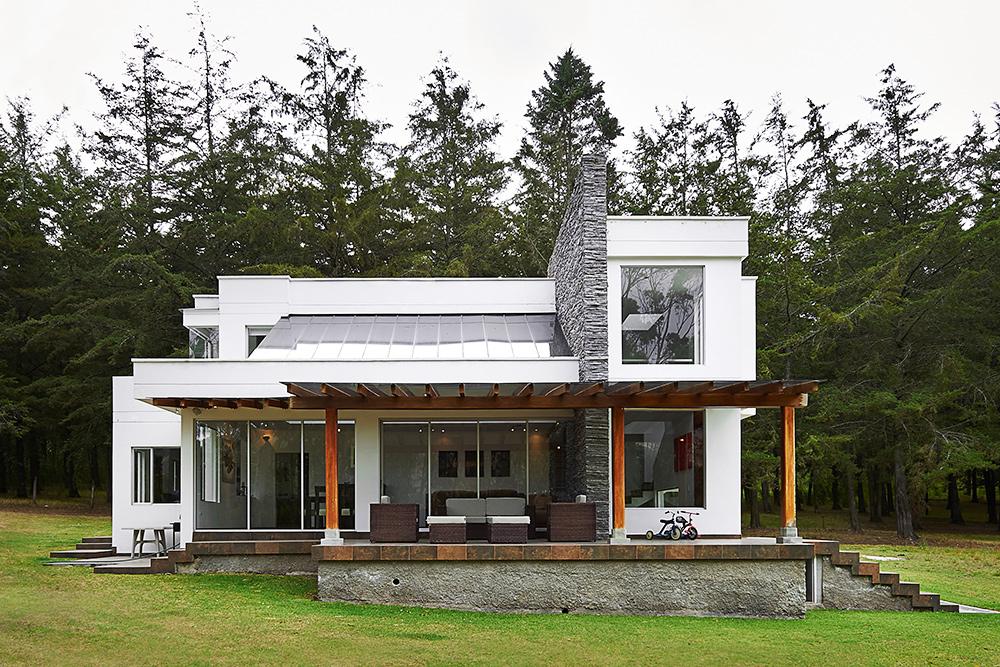 home for sale using a home value estimator