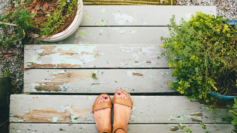 DIY Home Projects For Spring wash deck