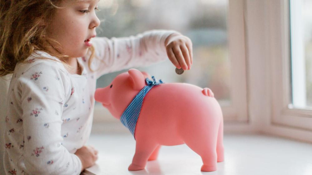 Spending freeze piggybank HERO