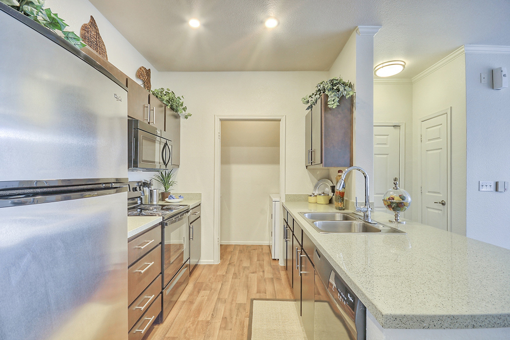 apartments for rent under 1000 phoenix kitchen counters