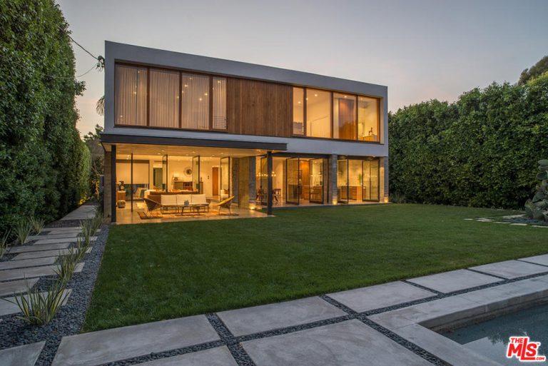 Diane Kruger Joshua Jackson House In West Hollywood CA Back