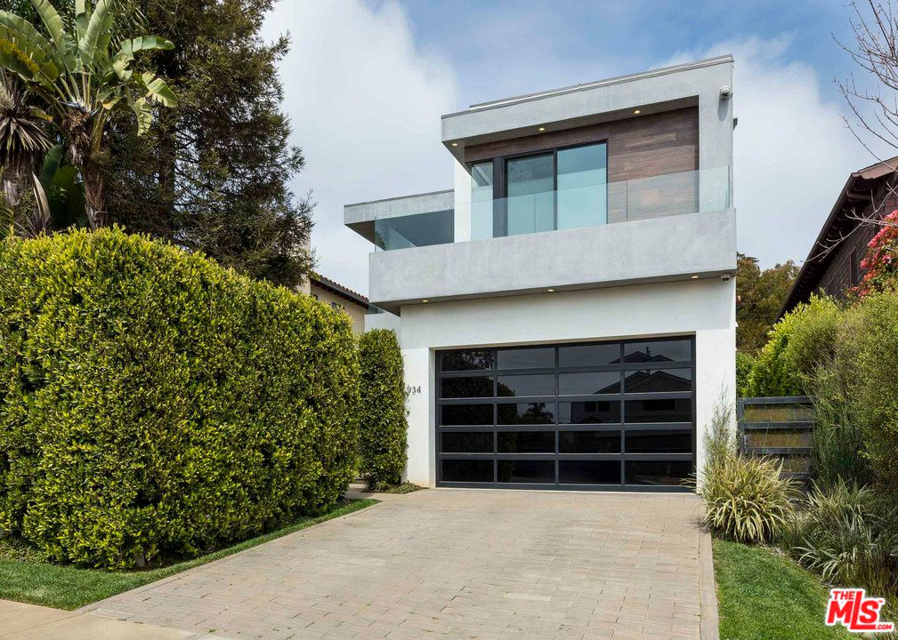 tyra banks lists her pacific palisades home for 4.25m exterior