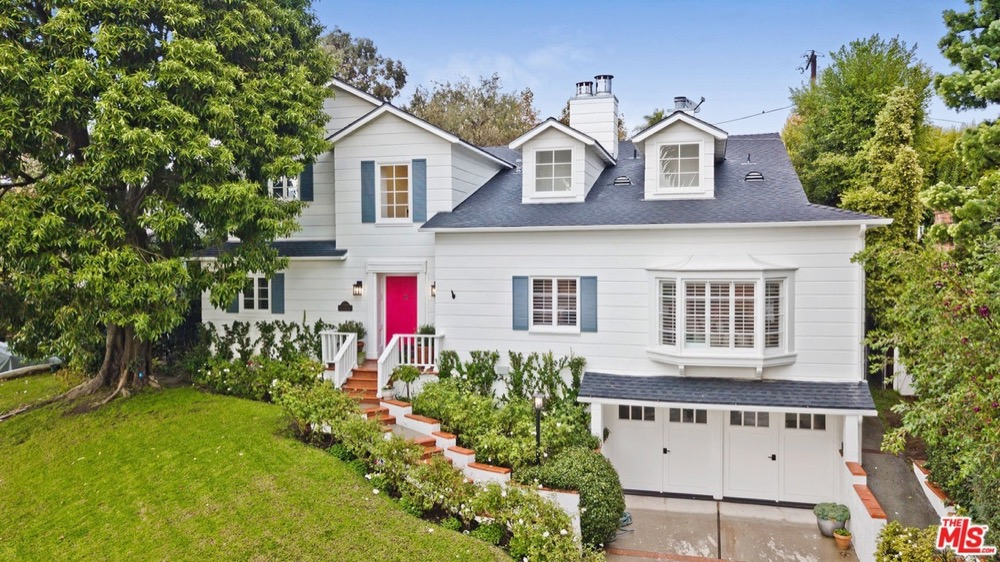 TV and movie neighborhoods Chevoit Hills LA Modern Family