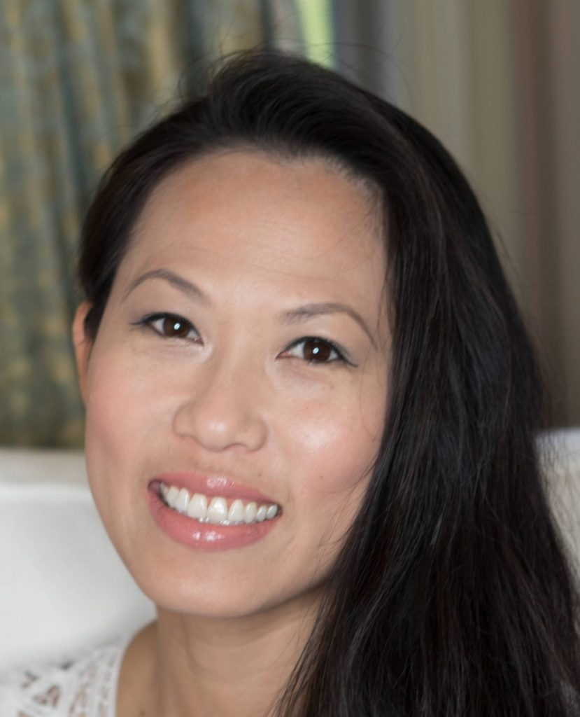 headshot of zillow employee annie lau