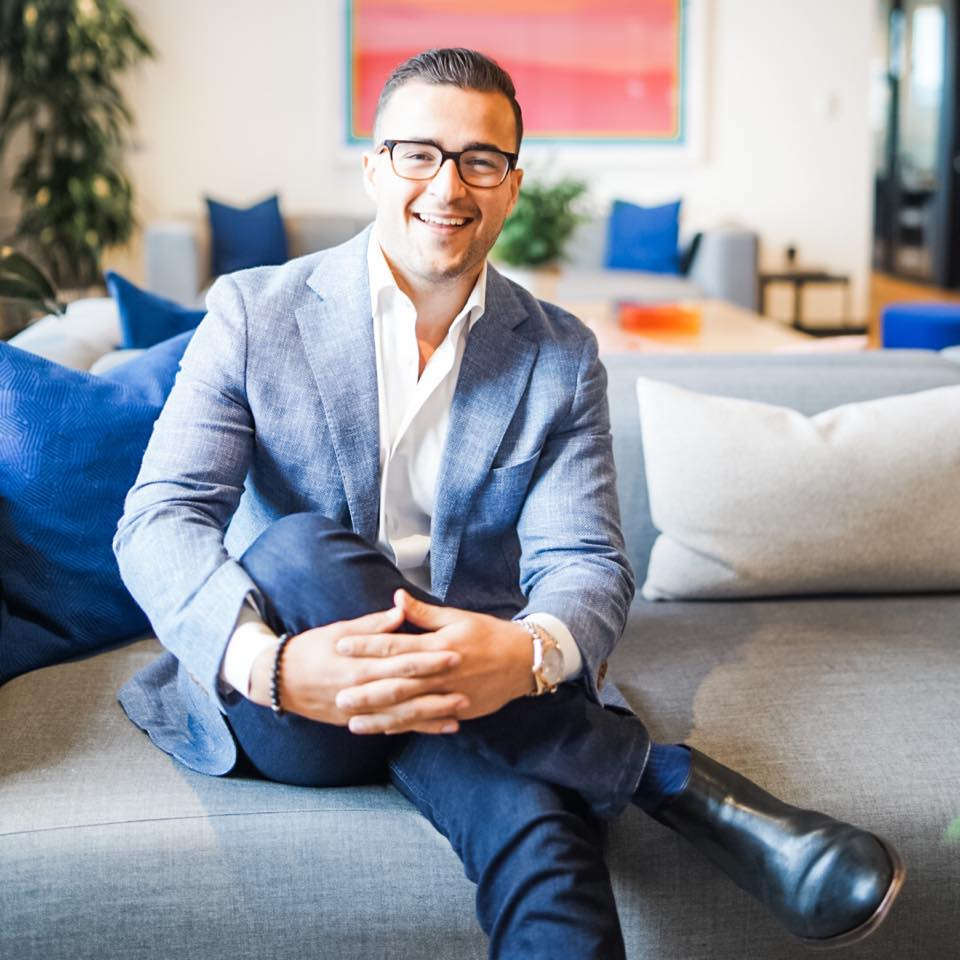 Portrait of Zillow Premier Agent Lucas Pinto